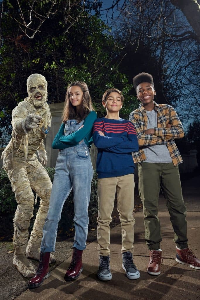 Promotional photo of the main cast from the Disney Halloween movie, Under Wraps.